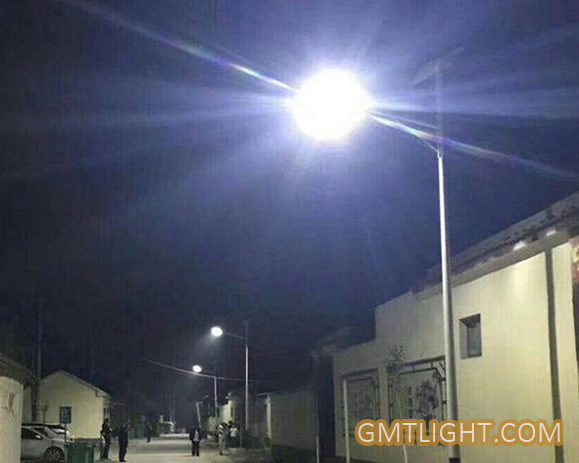 What are the advantages and disadvantages of LED street lamps?