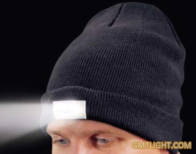 LED flashing Beanie Knitted Hat