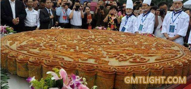 吉尼斯纪录最大的月饼有多大?