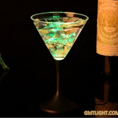 Drink cocktails ~flash glasses
