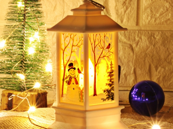 Bright Light Christmas House Hanging lantern