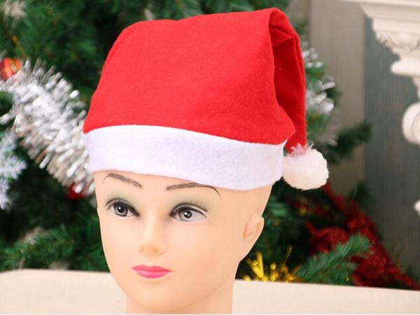 Ordinary Christmas hat economy version