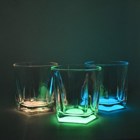 Whiskey glass that glows at night