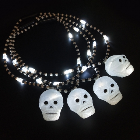 Halloween LED skull necklace