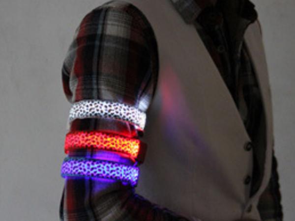 Camouflage luminous arm band