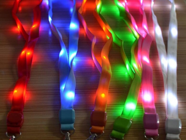 Luminous lanyard for chest card