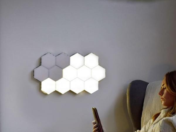 Splicable honeycomb touch-sensing intelligent quantum light