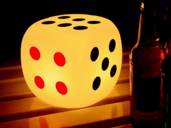 LED emitting decorative dice lamp