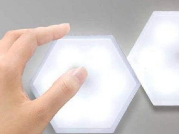 Hexagon touch switch LED light lamp powered by AAA battery
