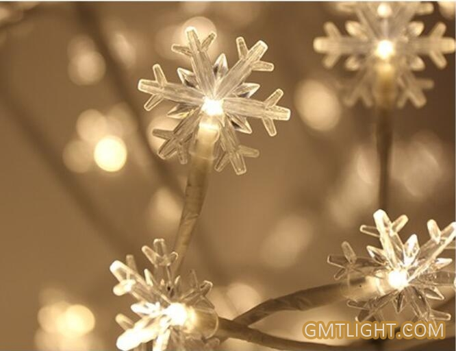 light snowflake tree lamp