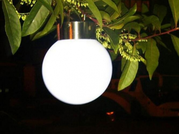 Outdoor spherical solar hanging ball lamp