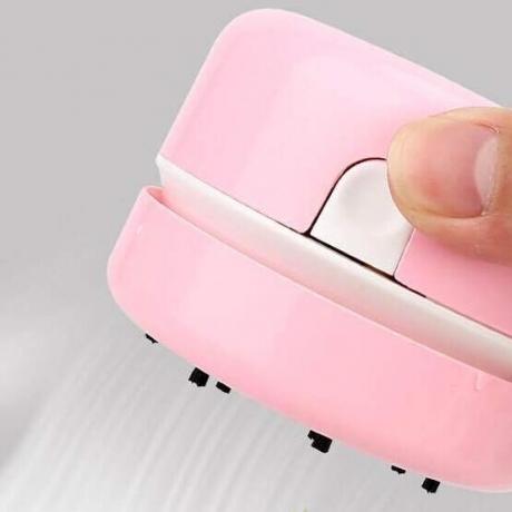 Desktop mini vacuum cleaner