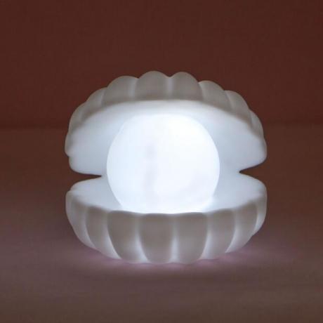 Enamel pearl scallop style Nightlight