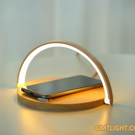 Mobile phone wireless charger and night light 2in1