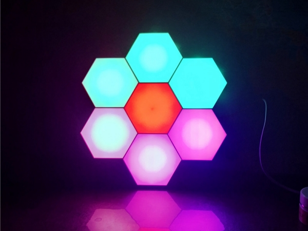 ​Colorful LED Touch and Remote Control honeycomb quantum light (LUL-012A)