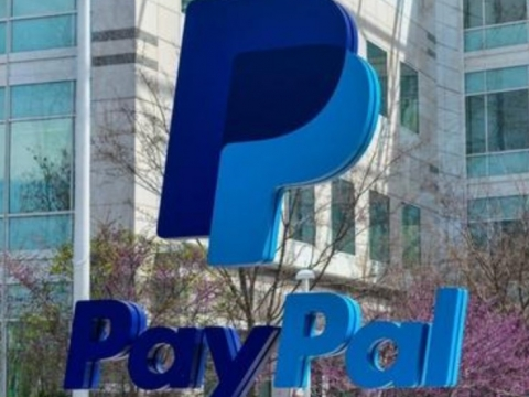 PayPal's payment process and dispute settlement