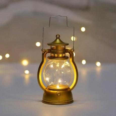 Antique led lantern