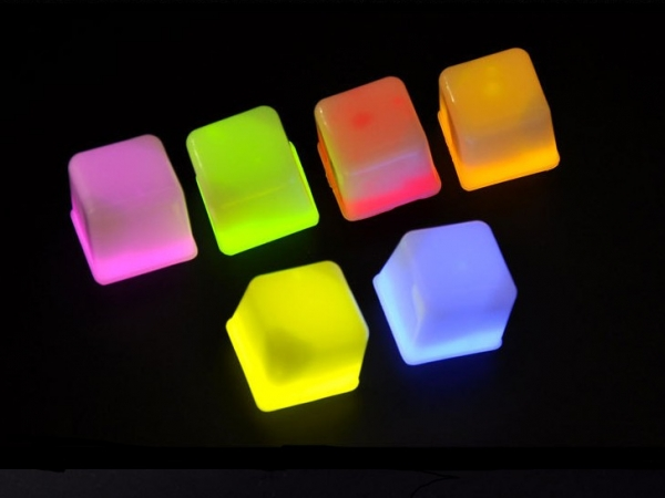 Imitation glow ice cube or luminous ice cubic