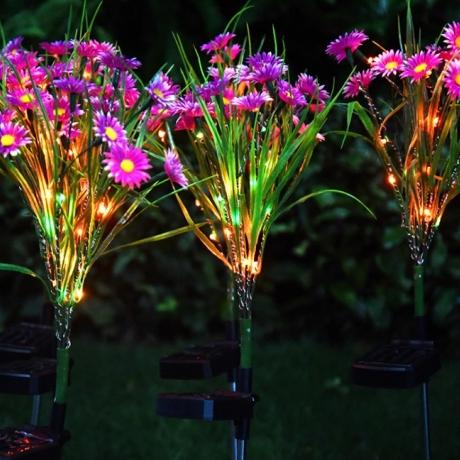solar chrysanthemum flower lamp for lawn decoration