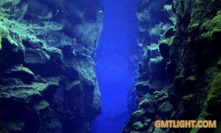 大海最深处是多少米?