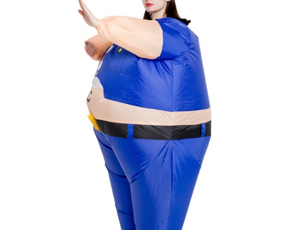 Exaggerated inflatable clothing for performance