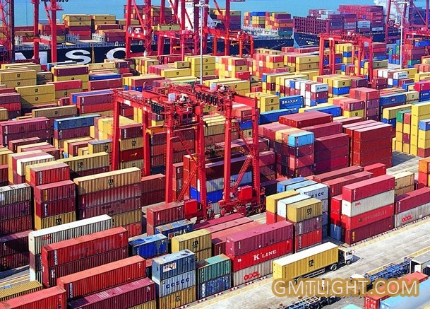 dimensions of shipping containers