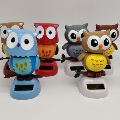 solar shaking owl ornaments
