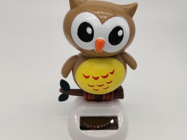 solar energy swing owl as car ornament