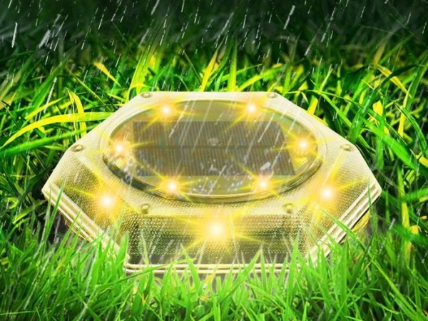 2021 new version plug and play solar lawn lamp