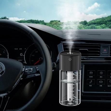 USB power portable 100ml mini size car air outlet clip humidifier (No.JS-BN01)
